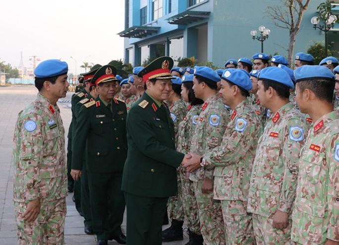 Sĩ quan Việt Nam thi đỗ vào cơ quan hoạch định chính sách của Liên Hiệp Quốc - Ảnh 1.