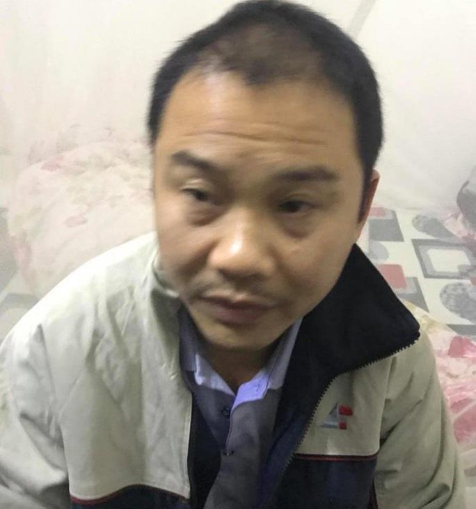 Gã xe ôm mặc áo Grab hiếp dâm, cướp tài sản nữ khách hàng - Ảnh 1.