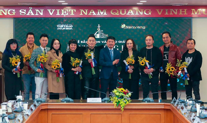 Dế Choắt, Rap Việt giành giải Cống hiến, Tùng Dương lập kỷ lục 13 lần nhận cúp - Ảnh 2.