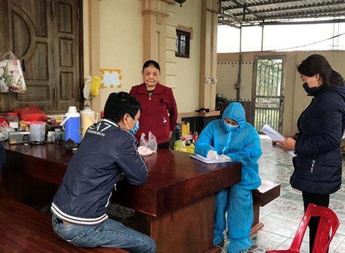 Thanh Hóa đưa thêm 2 công dân nhập cảnh trái phép đi cách ly - Ảnh 1.