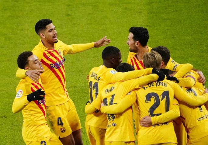 Messi lập cú đúp trước Bilbao, Barca áp sát 2 kình địch Madrid - Ảnh 5.
