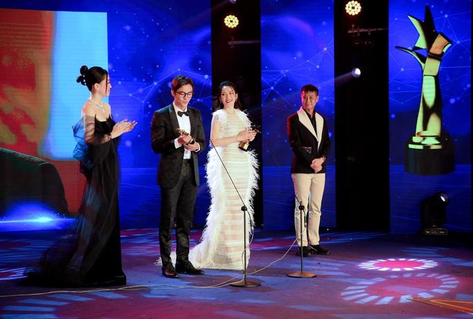 Diễm My 9X nghẹn ngào nhận giải thưởng đầu tiên nghiệp diễn - Ảnh 3.
