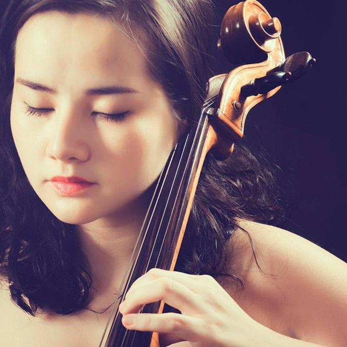 Quyến rũ và tài năng, Hà Miên được khuyến khích mang nhạc cổ điển Việt Nam ra quốc tế - Ảnh 2.