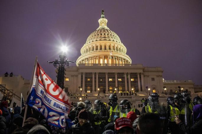 Tổng thống Trump lên tiếng sau khi Quốc hội Mỹ công nhận ông Biden - Ảnh 3.