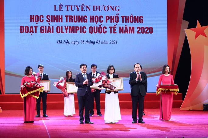 Thủ tướng Nguyễn Xuân Phúc nhắn nhủ các tài năng trẻ nỗ lực vươn lên với những đam mê khát khao - Ảnh 4.