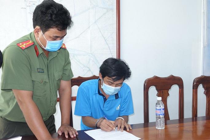 Bắt giam 3 đối tượng tổ chức cho bệnh nhân 1440 nhập cảnh trái phép - Ảnh 3.