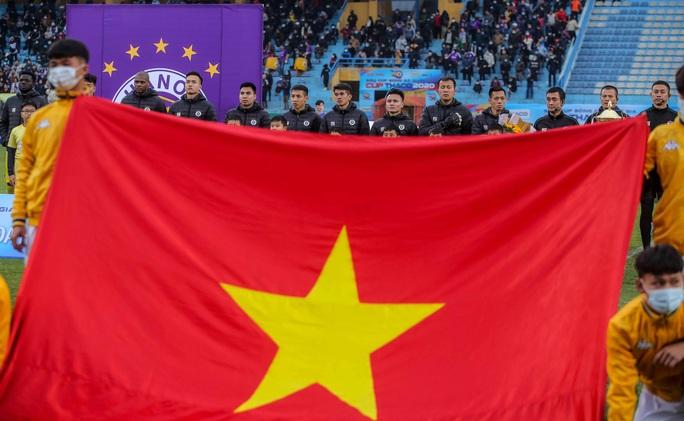 Đánh bại CLB Viettel với tỉ số sít sao 1-0, CLB Hà Nội giành Siêu Cup quốc gia - Ảnh 1.