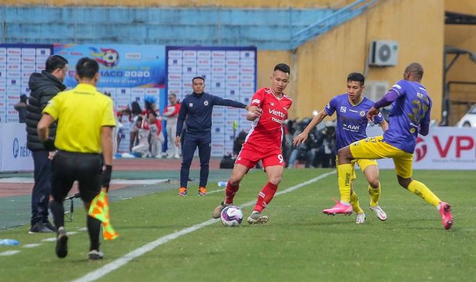 Đánh bại CLB Viettel với tỉ số sít sao 1-0, CLB Hà Nội giành Siêu Cup quốc gia - Ảnh 3.