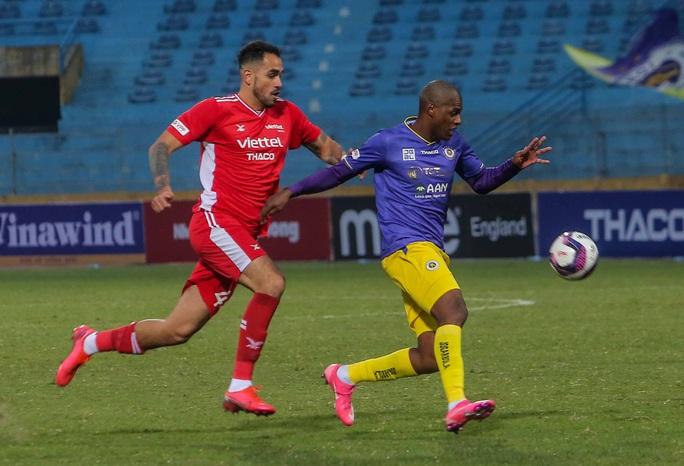 Đánh bại CLB Viettel với tỉ số sít sao 1-0, CLB Hà Nội giành Siêu Cup quốc gia - Ảnh 7.