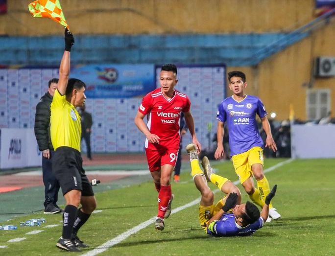 Đánh bại CLB Viettel với tỉ số sít sao 1-0, CLB Hà Nội giành Siêu Cup quốc gia - Ảnh 12.