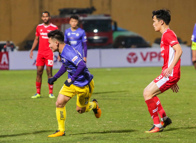 Đánh bại CLB Viettel với tỉ số sít sao 1-0, CLB Hà Nội giành Siêu Cup quốc gia - Ảnh 13.