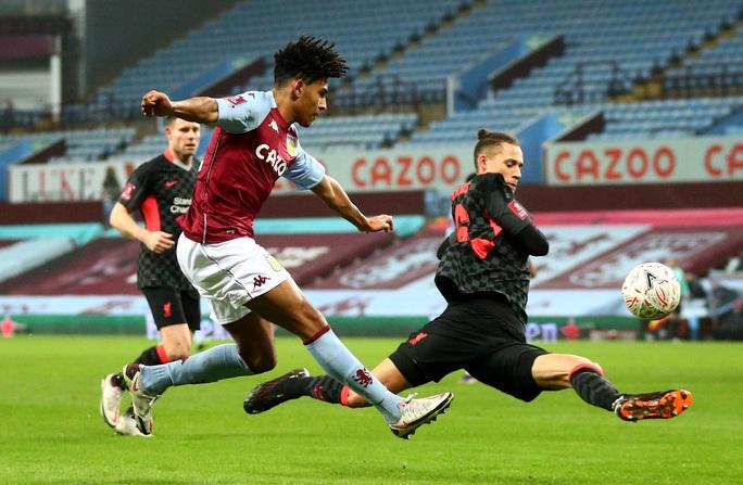 Năm phút ghi 3 bàn, Liverpool đè nghiến chủ nhà Aston Villa ở FA Cup - Ảnh 2.