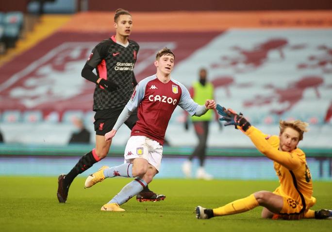 Năm phút ghi 3 bàn, Liverpool đè nghiến chủ nhà Aston Villa ở FA Cup - Ảnh 4.