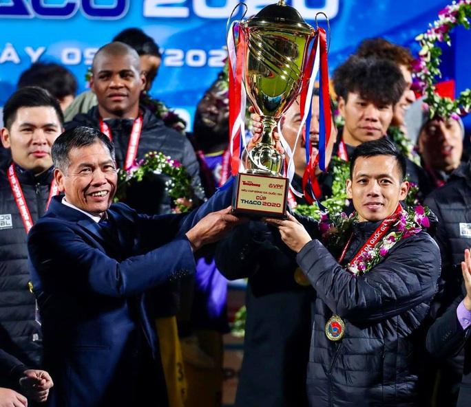 Đánh bại CLB Viettel với tỉ số sít sao 1-0, CLB Hà Nội giành Siêu Cup quốc gia - Ảnh 16.