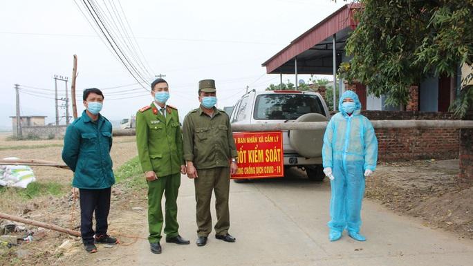 Bắc Giang có ca dương tính SARS-CoV-2 đầu tiên, hơn 600 người bị ảnh hưởng - Ảnh 1.