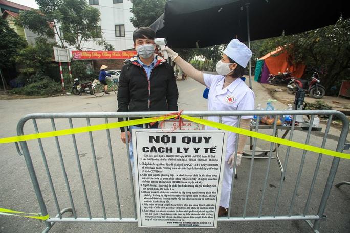 CLIP: Xuất hiện chùm ca bệnh Covid-19 mới, khoảng 1.700 hộ dân bị cách ly - Ảnh 3.