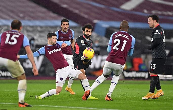 Hung thần Salah tỏa sáng, Liverpool bùng nổ hạ đẹp West Ham - Ảnh 4.