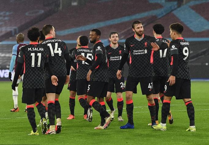 Hung thần Salah tỏa sáng, Liverpool bùng nổ hạ đẹp West Ham - Ảnh 7.