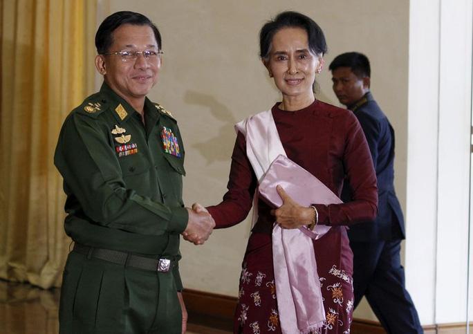 Tổng tư lệnh quân đội vừa nắm quyền ở Myanmar là ai? - Ảnh 5.