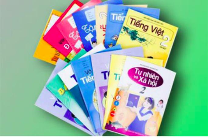 Bộ trưởng Phùng Xuân Nhạ phê duyệt danh mục sách giáo khoa lớp 2, lớp 6 - Ảnh 2.