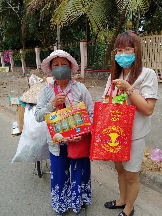 Tết ấm cho người vô gia cư trao quà cho người dân tại Cần Thơ - Ảnh 13.