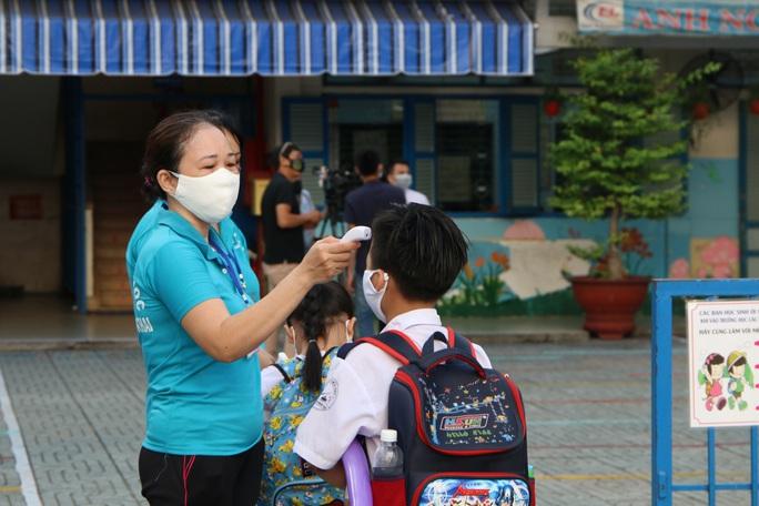 Thông báo khẩn của TP HCM cho học sinh, sinh viên sau Tết - Ảnh 1.