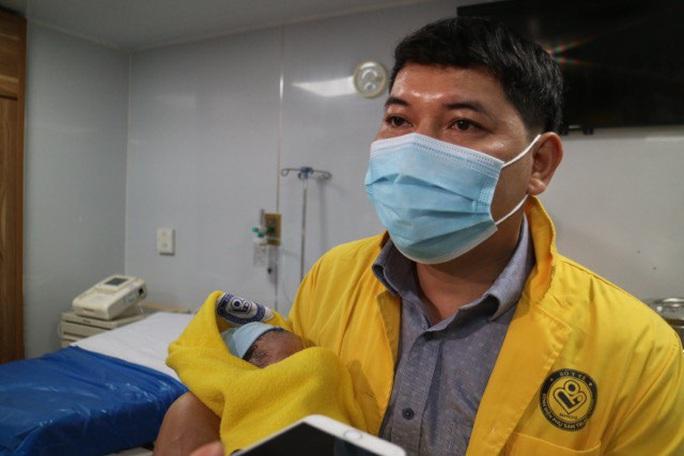 Những công dân nhí xông đất bệnh viện Tết Nguyên đán Tân Sửu - Ảnh 5.
