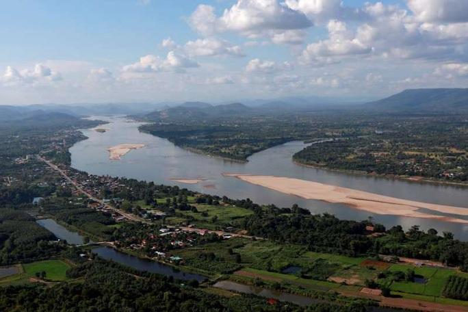"""Trung Quốc """"ém"""" dữ liệu khiến mực nước sông Mekong giảm? - Ảnh 1."""