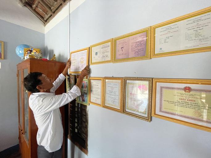Lão nông 74 tuổi quyết lấy bằng tiến sĩ - Ảnh 2.
