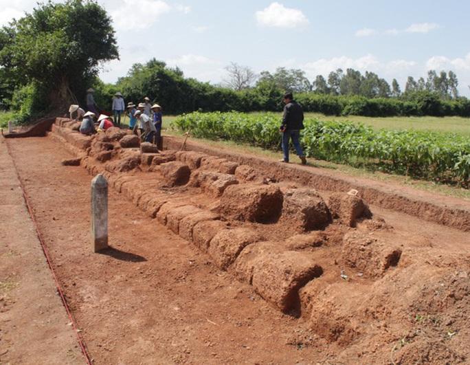 Thành Hoàng Đế - di tích lịch sử có kiến trúc đặc biệt - Ảnh 1.