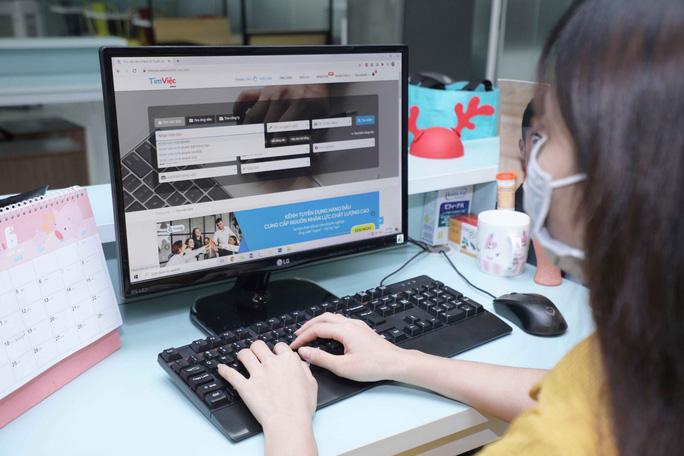 Tìm việc làm qua kênh nào hiệu quả trong năm 2021? - Ảnh 1.