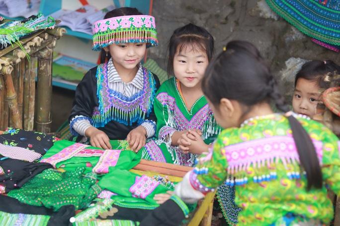 Lớp học STEM của học sinh người Mông - Ảnh 4.