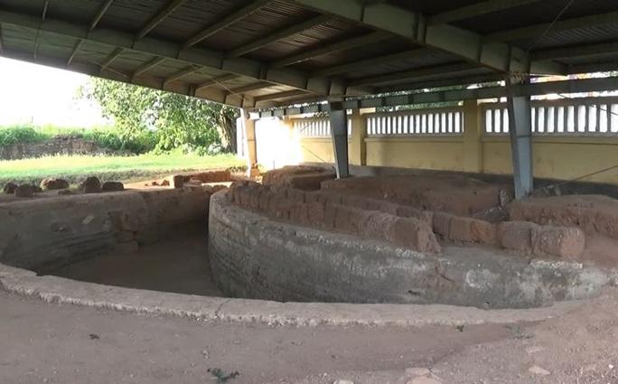 Thành Hoàng Đế - di tích lịch sử có kiến trúc đặc biệt - Ảnh 7.