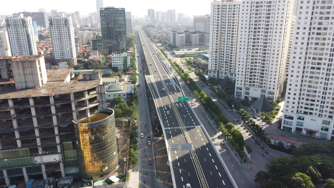Toàn cảnh những công trình gỡ ùn tắc giao thông cho Hà Nội thời gian qua - Ảnh 15.