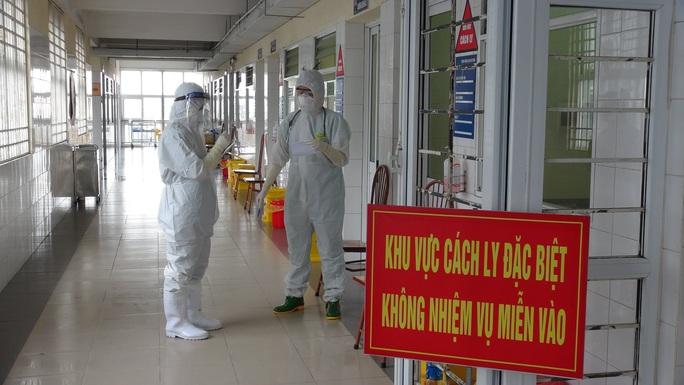 Toàn cảnh đại dịch Covid-19 trên thế giới và Việt Nam - Ảnh 3.