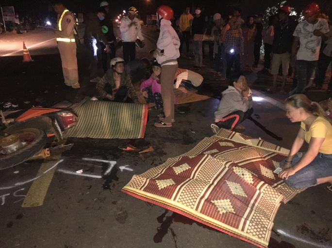 Vụ TNGT thảm khốc làm 4 người chết: Cả 2 đều chạy nhanh, chưa có bằng lái - Ảnh 1.