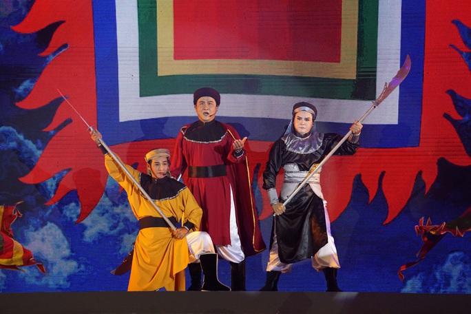 Chương trình sân khấu hóa Chiến thắng Đống Đa lịch sử đầy cảm xúc - Ảnh 5.