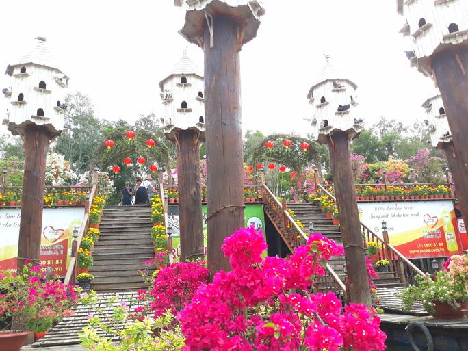 Thỏa sức check in chiếc cầu tre dài nhất Việt Nam giữa rừng tràm - Ảnh 9.