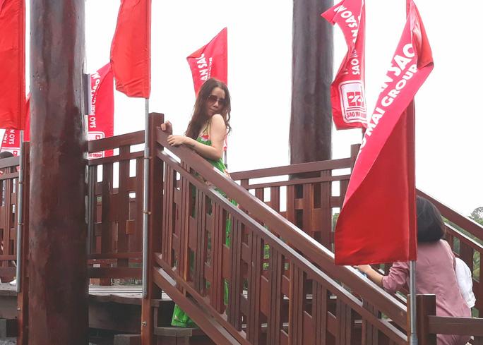 Thỏa sức check in chiếc cầu tre dài nhất Việt Nam giữa rừng tràm - Ảnh 2.