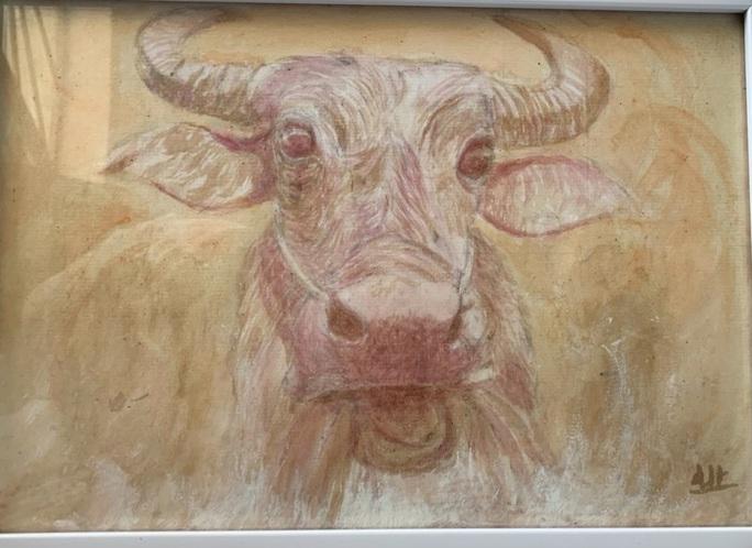 Họa sĩ 9x vẽ tranh trâu bằng tương ớt, cà phê - Ảnh 4.