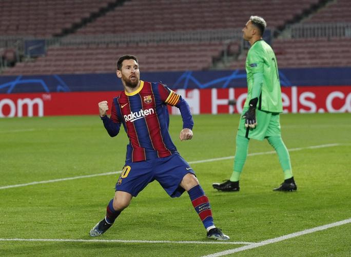 Mbappe thăng hoa với hat-trick, PSG vùi dập Barcelona tại Nou Camp - Ảnh 3.