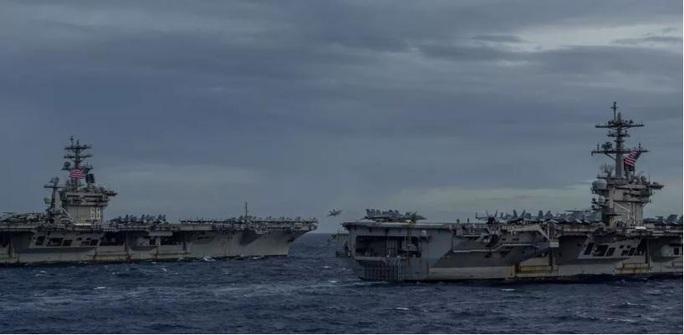 Ảnh hiếm về hoạt động của hai tàu sân bay Mỹ ở biển Đông - Ảnh 1.
