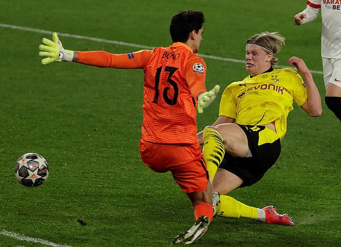 Dortmund ngược dòng siêu đỉnh với Haaland, Sevilla ngã ngựa sân nhà - Ảnh 4.