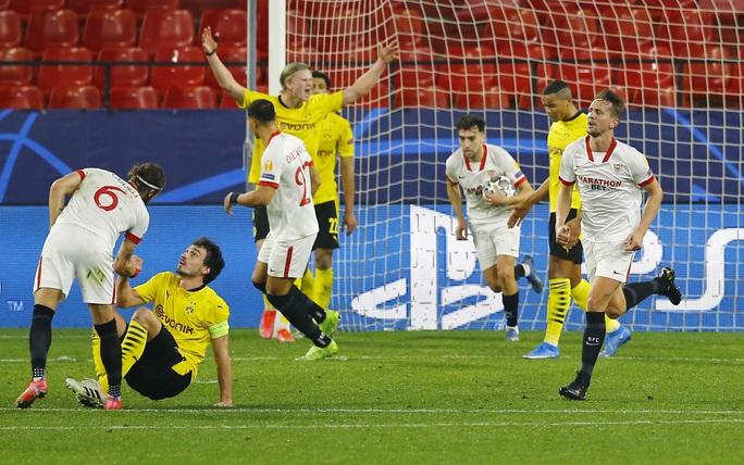 Dortmund ngược dòng siêu đỉnh với Haaland, Sevilla ngã ngựa sân nhà - Ảnh 7.
