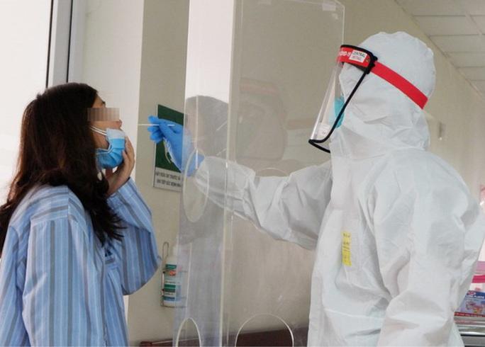 Gia Lai có 12 ca dương tính, Bộ Y tế điều động đội cơ động phản ứng nhanh tới hỗ trợ - Ảnh 1.