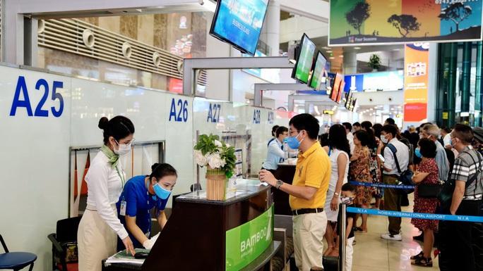 Lo nguy cơ đóng cửa sân bay Nội Bài - Ảnh 1.
