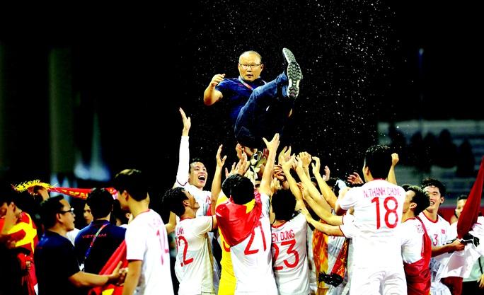 Thầy trò HLV Park Hang-seo tự tin vượt khó - Ảnh 1.