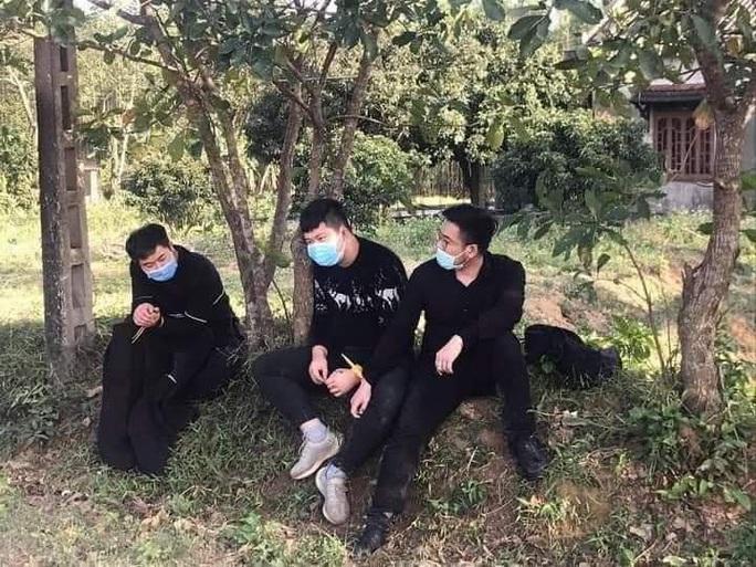Lời khai ban đầu của nhóm người Trung Quốc bỏ chạy sau cuộc gọi khẩn  - Ảnh 1.