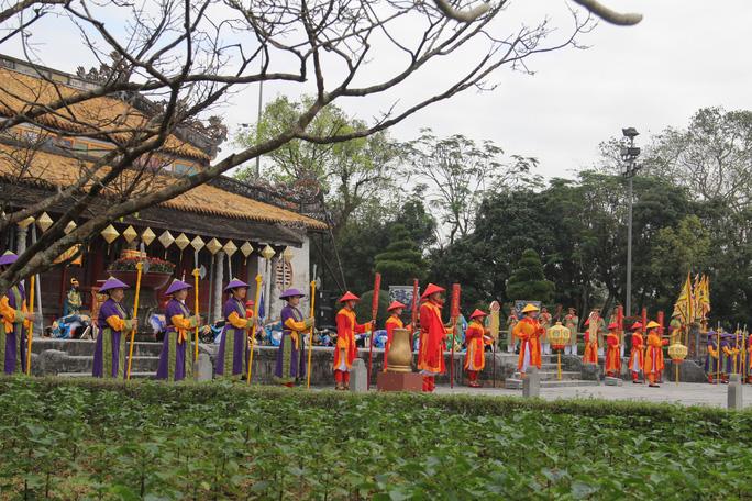 Vì sao không phục dựng nguyên bản lễ Nguyên đán triều Nguyễn? - Ảnh 16.