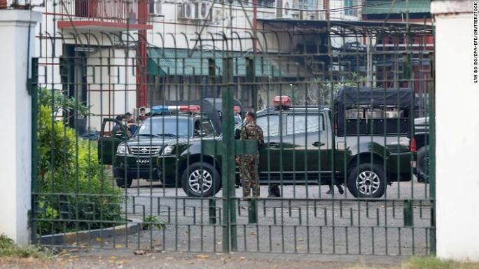 Chính quyền quân sự Myanmar thắt chặt kiểm soát, bất chấp cảnh báo của Mỹ - Ảnh 2.